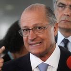 'Não vejo neste momento razão para isso', diz Alckmin, sobre impeachment de Dilma