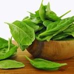 Conheça os benefícios do consumo de espinafre
