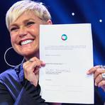 Xuxa assina oficialmente com a Record