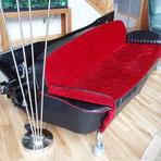 Lindos sofás feitos com partes carros antigos