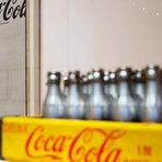 100 anos da garrafa da Coca-Cola. Confira vídeos e um museu especial sobre a marca.