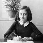 Anne Frank sua história, 70 anos após a morte