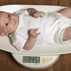 Por que meu bebê não engorda? Entenda causas e saiba agir