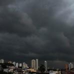 URGENTE - Fortes chuvas em são paulo fecha aeroporto