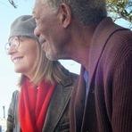5 Flights Up, 2015. Trailer. Comédia e drama com Morgan Freeman e Diane Keaton. Ficha técnica. Imagens. Cartaz.