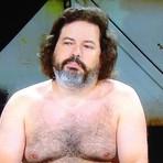 Apresentador fica sem roupa em programa de TV argentino