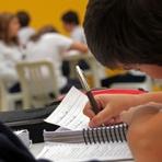 Nem metade dos alunos consegue renovar Fies