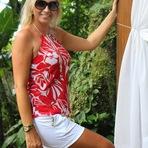 Blog da Estela: Look - short e blusa estampada
