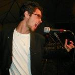 Dicas do Musico PHIL TISONI professor de violão guitarrista da banda Ditto