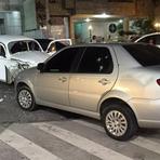 Perseguição e tiroteio no Moneró termina em colisão e três homens presos