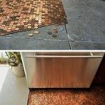Decorando chão com moedas? Isso mesmo!