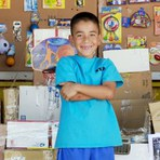 Conheça o Caine's Arcade, um fliperama de papelão e muita imaginação
