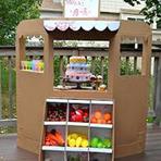 Negócios & Marketing - Maquete e casinha de boneca de papelão