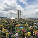 Movimento Brasil Livre marca novo protesto para 12 de abril