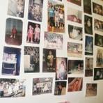 Decore o seu quarto com um mural de fotos bem legal