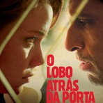 O Lobo Atrás da Porta (2013)