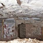 Arqueólogos descobrem túmulos egípcios