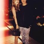 Bella Thorne Está Namorando Filho da Modelo Pamela Anderson