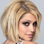 Belos cabelos loiros com luses da moda