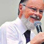 TRIBUNA DA INTERNET > Líderes religiosos bilionários exibem também poder político