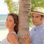 Cantor Juan Gabriel Compõe Música para Casamento de Anahí