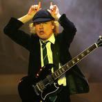Música - Angus Young completa 60 anos