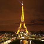 Torre Eiffel e mais cinco grandes construções