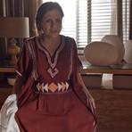 Quarta em Babilônia: Humilhação! Inês é obrigada a usar roupa velha de Beatriz