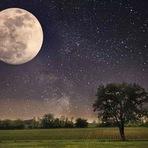 Por que a Lua está se afastando da Terra