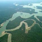 Obra faraônica no coração da floresta amazônica