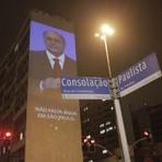 Projeção na paulista expõe mentiras de Geraldo Alckmin durante a campanha eleitoral