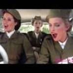 Três Garotas E Um Carro