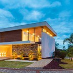 Casa moderna e com decoração elegante