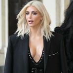 Celebridades - Kim Kardashian vem ao Brasil para lançar coleção