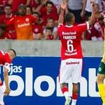 Jogadores do Inter falam sobre a expulsão de Fabrício