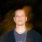 O homem livre no poema de Carlos Patryk Stvanin Ramirez