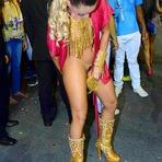 Celebridades - Marianne Ranieri sem o tapa sexo no Carnaval 2015