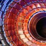 Maior acelerador de partículas do mundo volta a funcionar