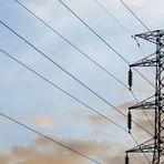 Custo da energia elétrica aumenta 60% em 12 meses