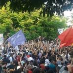 """""""Geraldo salafrário, aumenta meu salário"""" Professores de São Paulo decidem manter greve"""