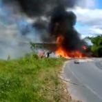 Colisão entre dois caminhões deixa quatro pessoas feridas; um dos veículos transportava combustível; assista