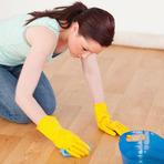 Aprenda a lavar a roupa, o chão e o banheiro usando cloro!