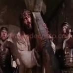 JESUS CRISTO - ELE NÃO DESISTE DE VOCÊ