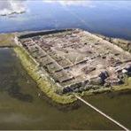 Por-Bajin, quem construiu e porquê está abandonada?