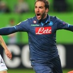 Liga Europa: Napoli e Sevilla Saem na Frente e Leva Vantagem