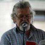 Poetas declaram apoio à legalidade do mandato da Presidenta  Dilma Rousseff