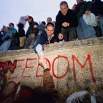 O muro de Berlim e a historia dessa infâmia