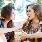 Você e sua amiga não acham o mesmo cara bonito? A ciência explica