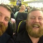 Aí você entra no avião e encontra seu sósia
