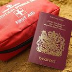 Dirença entre seguro viagem e cartão de assistência em viagem